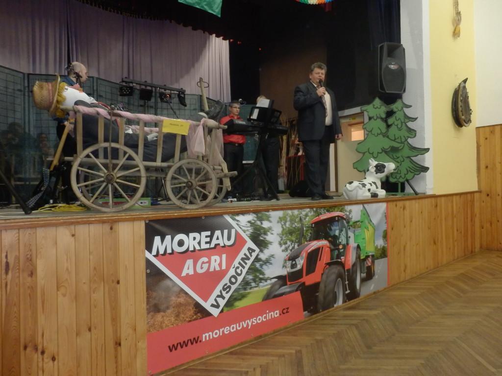 Zahajovací řeč pana Jiřího Šafáře na plese ZEAS Lysice v Drnovicích