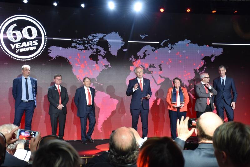 vedení Manitou group zleva: Maxime Deroche, Laurent Bonnaure, Marcel-Claude Braud, Michel Denis, Jacqueline Himsworth, Fernand Mira, Guillaume Rabel-Suquet